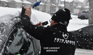 Car Lockout and Locksmith Services - Car Keys Geeks