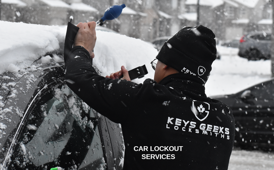 Car Lockout and Locksmith Services - Car Keys Geeks